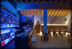 the apres ski bar