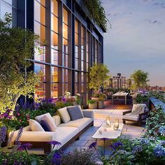 New York City Garden terrace - Luxury homes & Interiors - Terrasse Apartment Balcony Garden, Apartment Balconies, Terrace Apartments, Penthouse Garden, Penthouse Apartment, Terrace Hotel, New York Penthouse, Apartment Gardening, Luxury Penthouse