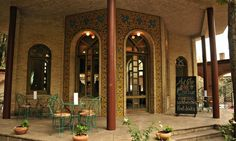 Chai bar is a part of a historical compound that is also home to Iran's calligraphy forum. TEHRAN TIMES BLOG