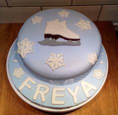 Iceskate and snowflakes. Ice Skating Cake, Homemade Cakes, Snowflakes, Party Ideas, Desserts, Christmas, Food, Tailgate Desserts, Xmas
