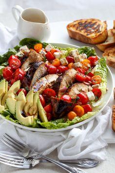 Grilled Balsamic Chicken and Avocado Bruschetta Salad | http://cafedelites.com
