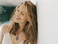 Jenn Garner has the best smile