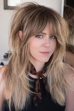 60 Lovely Long Shag Haircuts for Effortless Stylish Looks Long Fine Hair, Long Hair Cuts, Thin Hair, Short Cuts, Wavy Hair, Spring Hairstyles, Cool Hairstyles, Hairstyles Haircuts, Casual Hairstyles