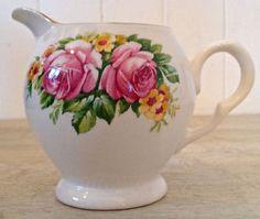 Pot à lait en porcelaine d'Angleterre