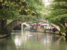 San Antonio River Walk, Texas by T. Chen, via Flickr