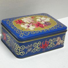 VTG Western Germany Lily flower hinged cookie/candy tin box litho trinket metal