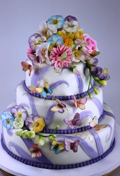 Viorica's Cakes: Anniversary Cakes with flowers