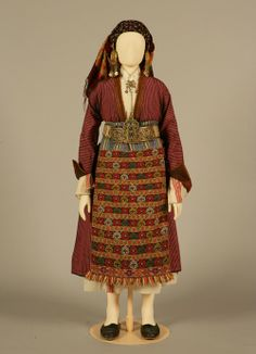 Bridal or festive costume of Soufli, Thrace Early century ©Peloponnesian… Greek Traditional Dress, Traditional Outfits, Gypsy Costume, Folk Costume, Historical Costume, Historical Clothing, Greek Clothing, Folk Clothing, Antique Clothing