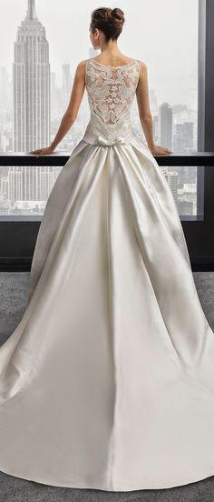 Vestidos de Noiva com detalhes nas costas {aberta, renda, trabalhada, transparente}