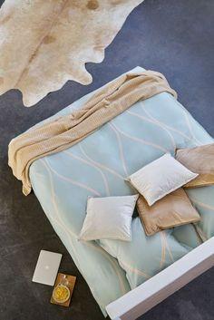 Heerlijk bedlinnen, combinatie van zachte tinten in venetian winter, warm beige en ivpor. Elegant ontwerp. Maatwerk mogelijk