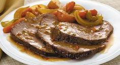 McCormick's Bag 'n Season® Pot Roast Recipe: Savor the homemade taste of tender pot roast and vegetables. The roasting bag makes the clean up quick and easy. Pot Roast Recipes, Meat Recipes, Food Processor Recipes, Cooking Recipes, Mini Pains, Low Sodium Recipes, Greek Cooking, Greek Recipes, No Cook Meals