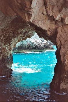Amara Cove