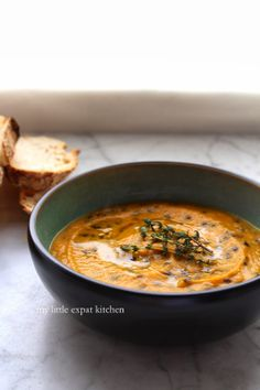 My Little Expat Kitchen in Greek: Καροτόσουπα με φακές du Puy Puy Lentil Recipes, Soup Recipes, Healthy Recipes, Roasted Carrot Soup, Roasted Carrots, Vegetarian Food, Lentils, Cooking Time, Food To Make