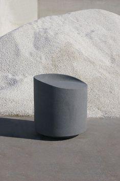 Industrial Design Trends and Inspiration - leManoosh Concrete Furniture, Urban Furniture, Street Furniture, Furniture Design, Recycled Furniture, Furniture Ideas, Outdoor Furniture, Industrial Chair, Industrial Design