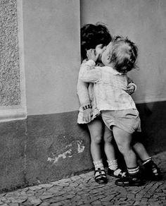 Emociones en blanco y negro: los niños y niñas que hacían la calle | El Ventano