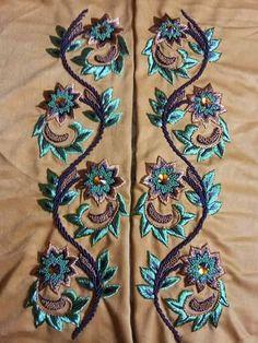 Embroidery On Kurtis, Kurti Embroidery Design, Embroidery On Clothes, Embroidery Flowers Pattern, Rose Embroidery, Hand Embroidery Stitches, Hand Embroidery Designs, Machine Embroidery, Girls Dresses Sewing