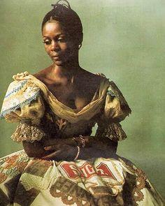 The timeless beauty of Cicely Tyson. Black Women Art, Black Girls, Black Art, Vintage Black Glamour, Black History Facts, Black Girl Aesthetic, My Black Is Beautiful, Beautiful People, Portraits
