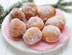 Jacque Pepin, Delicious Deserts, Dessert Recipes, Desserts, Pretzel Bites, Cheesecake, Food And Drink, Sweets, Bread