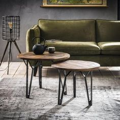 Nieuw in ons assortiment. Industriele salontafel rond set  https://www.blockdesign.nl/shop/salontafel/industriele-salontafel-rond-set-2/