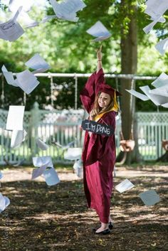 Throwing papers, no sign. Senior cap and gown gradation picture. Graduation Picture Poses, College Graduation Pictures, Graduation Portraits, Graduation Photoshoot, Grad Pics, Graduation Pose, Graduation Ideas, Senior Girl Photography, Graduation Photography