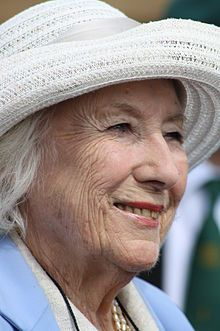 """Dame Vera Lynn, DBE (born Vera Margaret Welch on 20 March widely known as """"The Forces' Sweetheart"""" is an English singer, songwriter and actress whose musical recordings and performances were enormously popular during the Second World War. Cabaret, Simple Twist Of Fate, Vera Lynn, History Online, People Of Interest, Easy Listening, Album Releases, Her Music, Pink Floyd"""