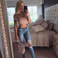 """441.6k Likes, 1,035 Comments - ⠀⠀⠀⠀⠀⠀⠀⠀⠀⠀⠀⠀⠀⠀⠀⠀⠀⠀Tammy (@tammyhembrow) on Instagram: """" jeans from @fashionnova"""""""