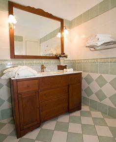 Image from http://cdn.sheknows.com/articles/2011/08/convert-desser-bathroom-vanity.jpg.
