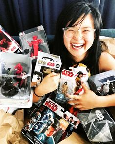 Kelly Marie Tran, who plays Rose Tico in Star Wars: The Last Jedi, made a porg costume for Halloween and it's amazing. Finn Star Wars, Star Wars Cast, Star Wars Film, Star Trek, The Force Is Strong, Carrie Fisher, Last Jedi, Love Stars, Black Series