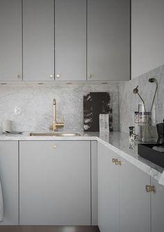 Beautiful living kitchen - via Coco Lapine Design Kitchen Marble, Kitchen Inspirations, Kitchen Room, Kitchen Remodel, Kitchen Decor, Modern Kitchen, New Kitchen, Home Kitchens, Rustic Kitchen