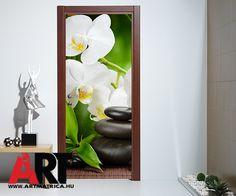 Fehér orchidea ajtóposzter amit nem csak ajtóra, de bármien hasonló felületre lehet alkalmazni. #ARTmatrica #ajtóposzter #ajtómatrica #lakásdekor #fehérorchidea