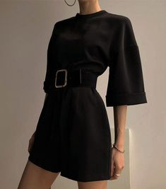 Stunning Spring Outfits For Your Inspiration Mode Outfits, Retro Outfits, Classy Outfits, Casual Outfits, Girl Outfits, Fashion Outfits, Travel Outfits, Grunge Outfits, Spring Outfits
