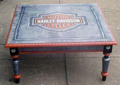 All Things Painted-Motorcycle Furniture Harley Davidson Decals, Harley Davidson Gifts, Diy Furniture Projects, Wood Projects, Projects To Try, Harely Davidson, Davidson Homes, Steampunk Furniture, Motor Harley Davidson Cycles