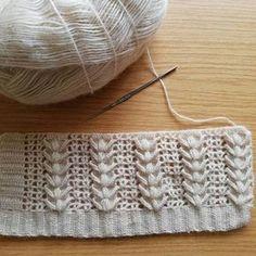 4386 Likes 62 Comments Muhacir. Gilet Crochet, Stitch Crochet, Tunisian Crochet, Crochet Motif, Crochet Baby, Knit Crochet, Crochet Stitches Patterns, Knitting Stitches, Crochet Designs