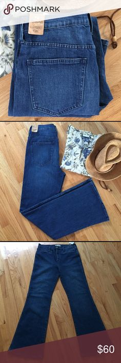 Madewell Fleamarket Jeans New with tags flea market jeans in Kara wash.  Sat in my closet since fall of 2015.  Great price for new jeans. Madewell Jeans Flare & Wide Leg