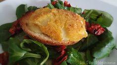 La Fée Stéphanie: Fromage végétal pané sur son lit de salade verte