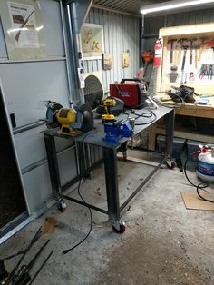 welding table plans or ideas Welding Table Diy, Welding Cart, Metal Welding, Welding Torch, Metal Work Bench, Welding And Fabrication, Table Frame, Table Accessories, Girl Decor