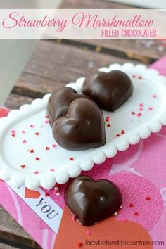 """Strawberry Marshmallow Filled Chocolates: These easy to make chocolates are the perfect way to say """"I Love You"""". Bag up a few and put them on your sweetie"""