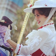 Mary Poppins is practically perfect in every way! <3 I love Mary Poppins SO much! <3