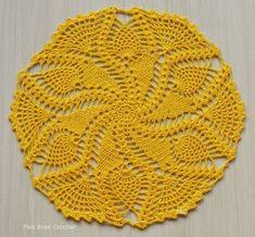 PINK ROSE CROCHET Crochet Dollies, Crochet Diy, Easter Crochet, Crochet Round, Crochet Home, Filet Crochet, Crochet Motif, Hand Crochet, Crochet Stitches