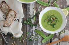 Spring Green Pea Soup // nutritionstripped.com