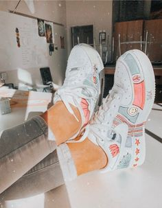 White traditional sneakers, colourful design to personalize your nike footwear, create an authentic pair of footwear Sneakers Fashion, Fashion Shoes, Runway Fashion, Fashion Dresses, Nike Shoes Air Force, Aesthetic Shoes, Hype Shoes, Fresh Shoes, Custom Shoes