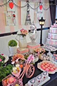 Festa menina Paris