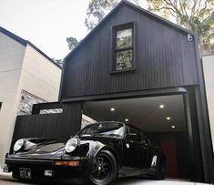 20 Coolest Car Garage Ideas For Man Cave Vintage Porsche, Vintage Cars, Antique Cars, Porche 911, Steel Frame House, Man Cave Garage, Porsche Cars, Garage Design, Black House