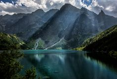***Morskie Oko [Lake] (Tatra Mountains, Poland) by Kris Bednarzewski Beautiful Places To Visit, Places To See, Gaia, Polish Mountains, Visit Poland, Tatra Mountains, Poland Travel, Spain Travel, Plitvice Lakes National Park