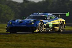 2016 Michelin GT Challenge continues into the afternoon sun with the N° 80 Lone Star Racing Dodge Viper GT3-R eventually finishing ninth at the Virginia International Raceway.