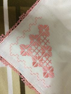 Elsa, Quilts, Blanket, Straight Stitch, Hemline, Towels, Hardanger Embroidery, Embroidered Cushions, Tutorials