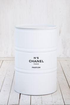 БОЧКА «CHANEL» Размер 85х60 см ЦЕНА 8 500 руб.