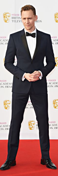 Tom Hiddleston attends the House Of Fraser British Academy Television Awards 2016 at the Royal Festival Hall on May 8, 2016 in London, England. Full size image: http://ww2.sinaimg.cn/mw690/6e14d388gw1f3ojkdtbaaj229j3ehu0y.jpg Source: Torrilla, Weibo