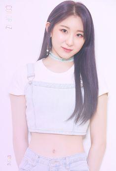 IZ*ONE release individual concept photos for debut album 'COLOR*IZ' Kpop Girl Groups, Kpop Girls, Jaehyun, Mini Albums, Yuri, Pre Debut, Fandom, Wattpad, Japanese Girl Group