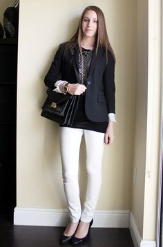 Professionally Petite: Day to Night, Black & White Bad Boss, Lawyer Fashion, White Pants, Pretty Woman, Personal Style, Feminine, Blazer, Black And White, Elegant